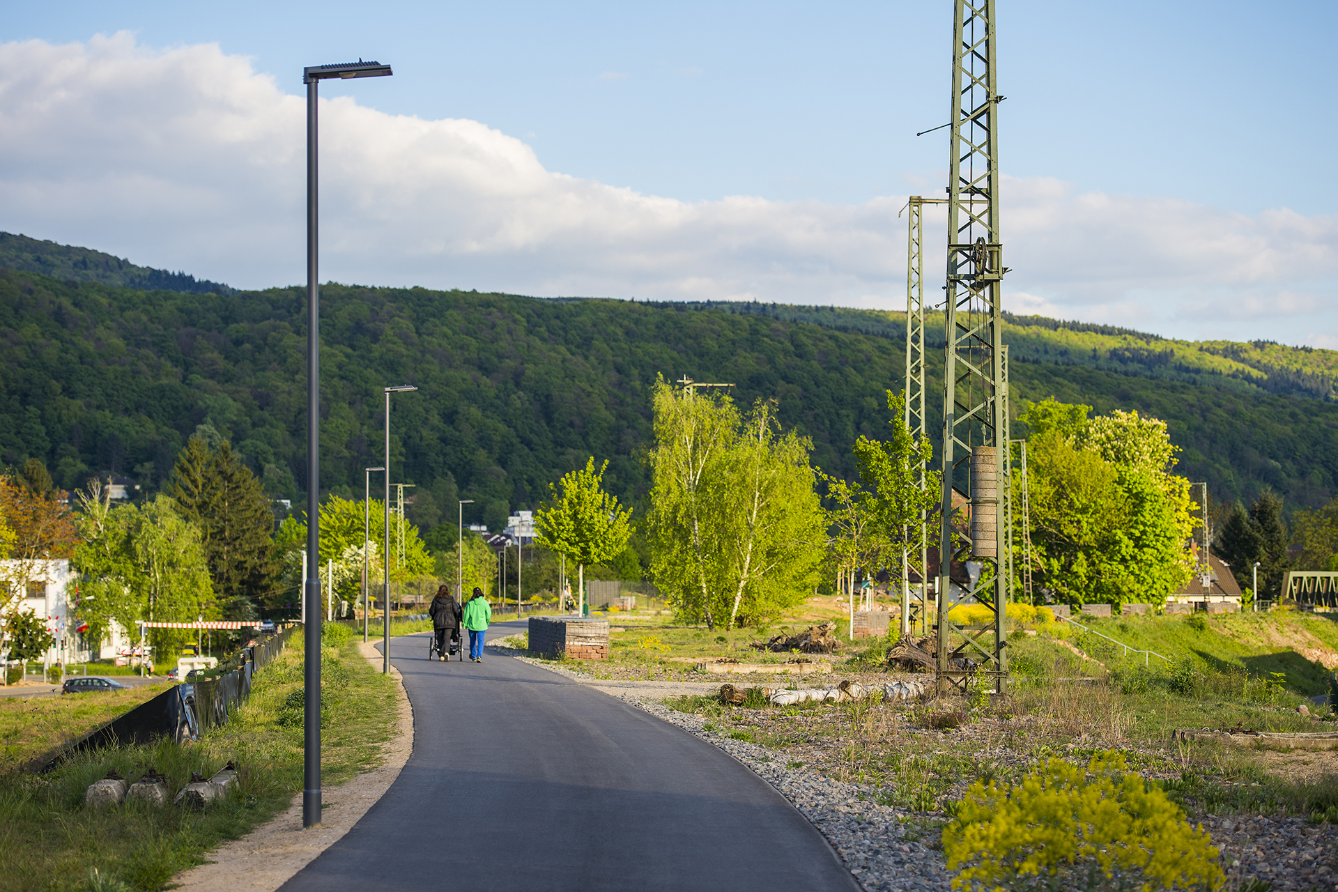 Piano street light fitted with PIR sensors provides sustainable lighting to protect local wildlife on this bike path