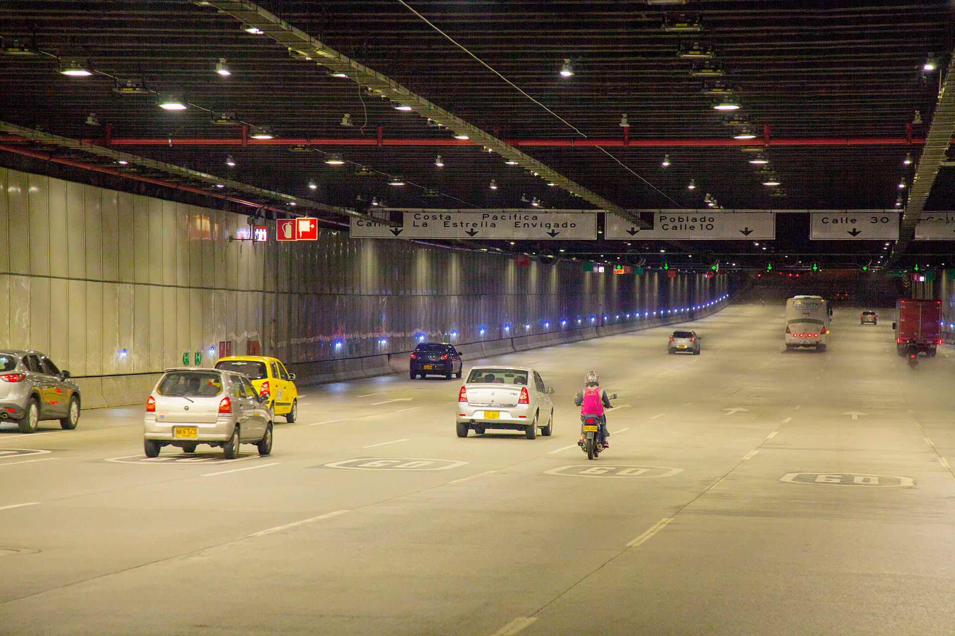Sustainable lighting solution guarantees safety for all drivers in this tunnel