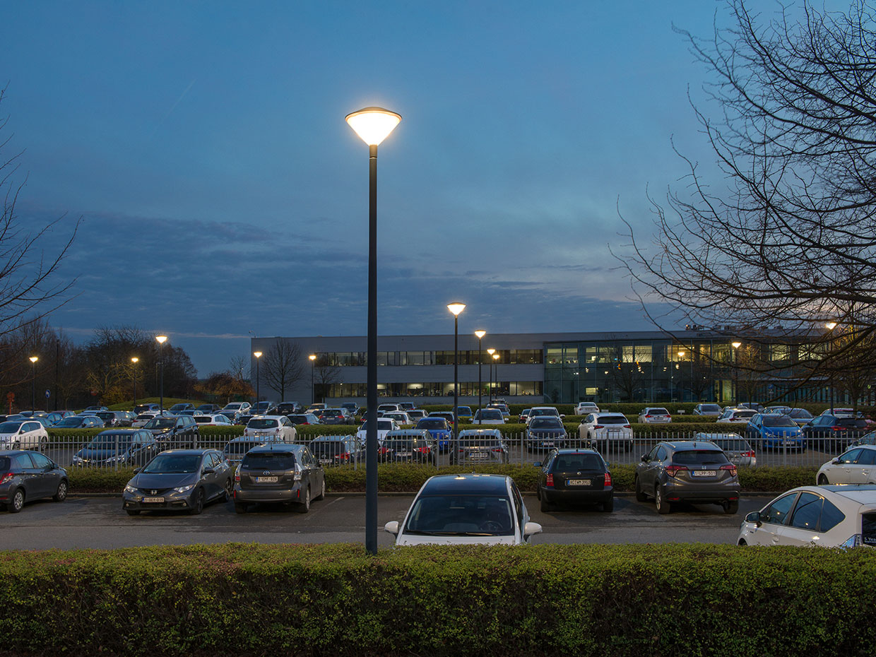 Friza urban lighting solution provides a safe environment for employees and visitors to the Toyota Motor Europe office in Zaventem