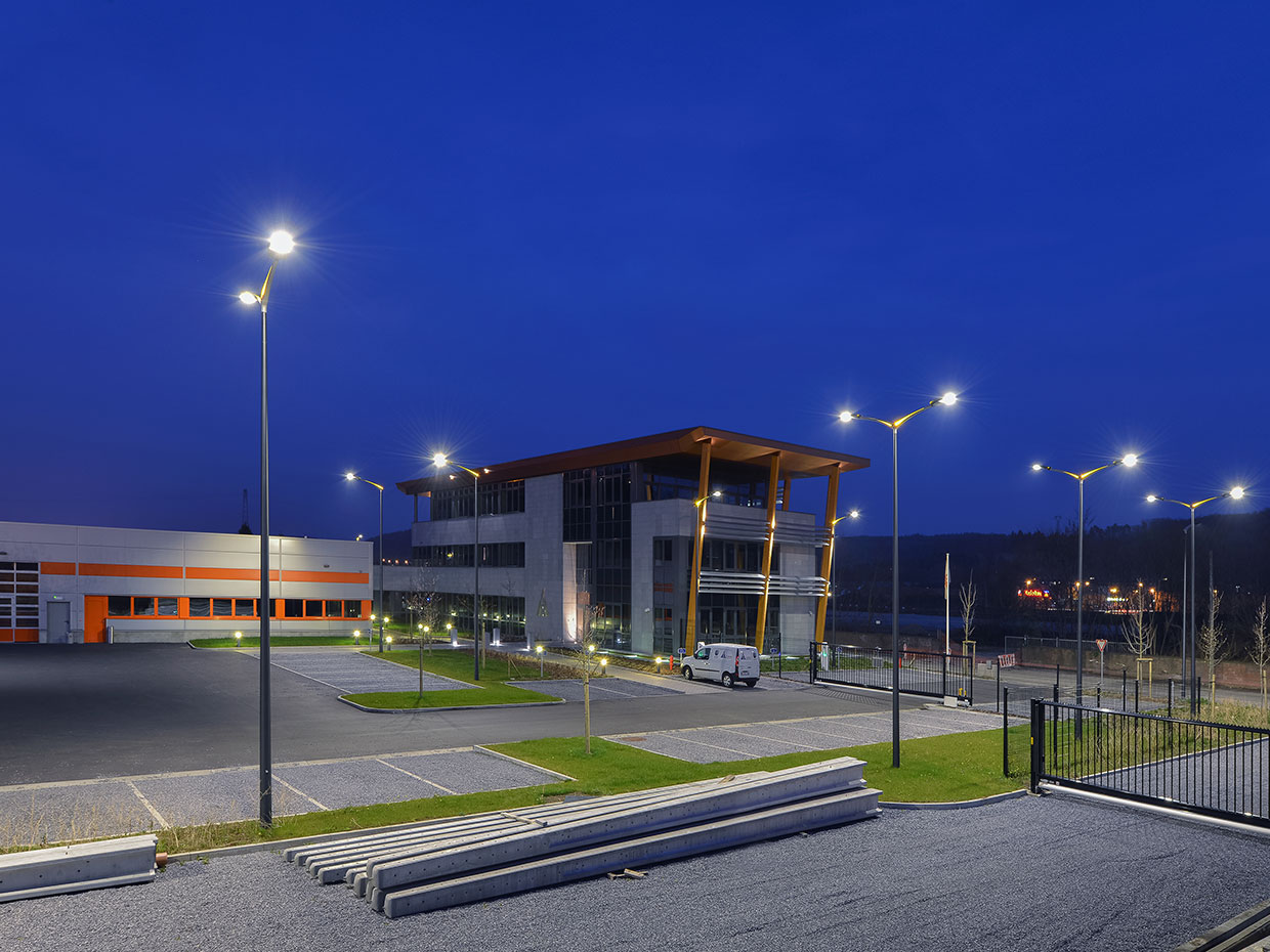 The Teceo guarantees a well lit environment for this car park so that visitors feel completely safe and at ease